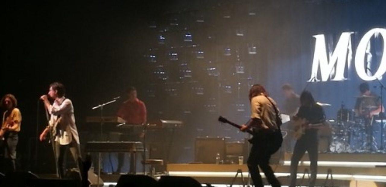 Arctic Monkeys live