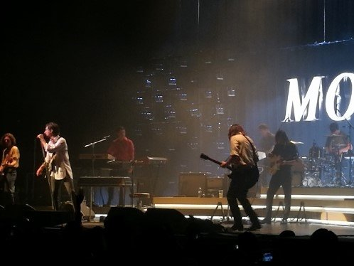 Arctic Monkeys live