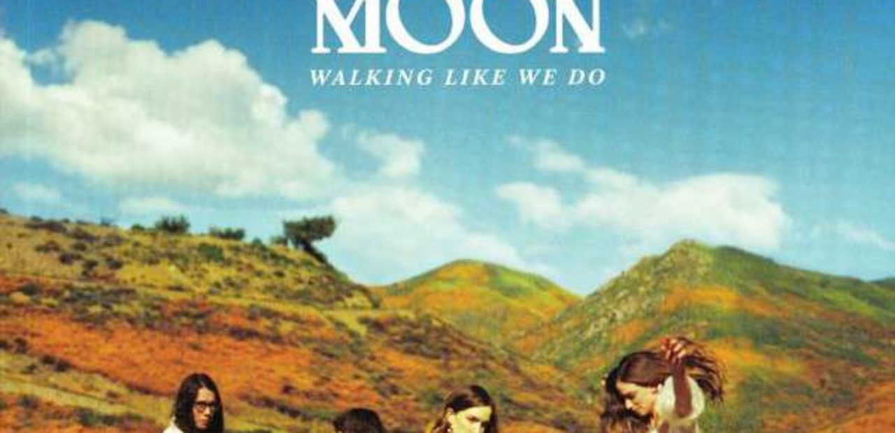 Recensione: The Big Moon – Walking Like We Do